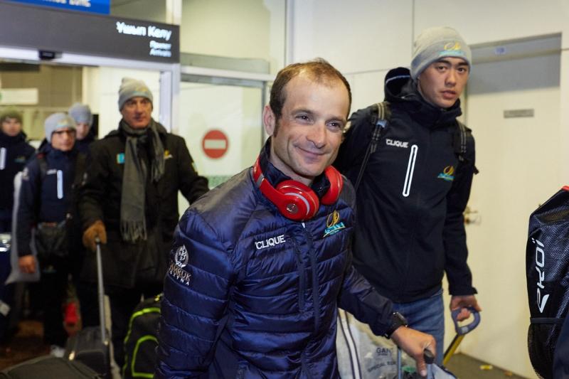 Встреча гонщиков команды Astana в аэропорту Астаны. Фоторепортаж