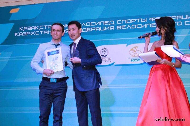 Артём Захаров: «В велосезоне 2017 года сосредоточусь на шоссе»