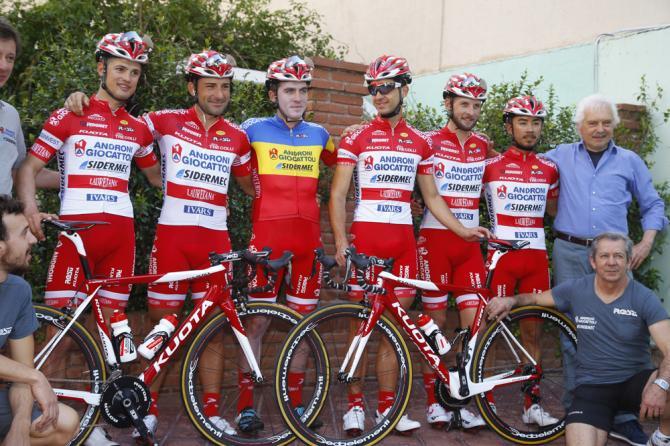 Спонсор команды Androni Giocattoli собирается прекратить сотрудничество с Джанни Савио
