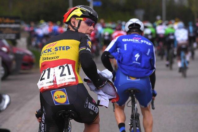 Филипп Жильбер вынужден отказаться от старта на Джиро д'Италия-2017