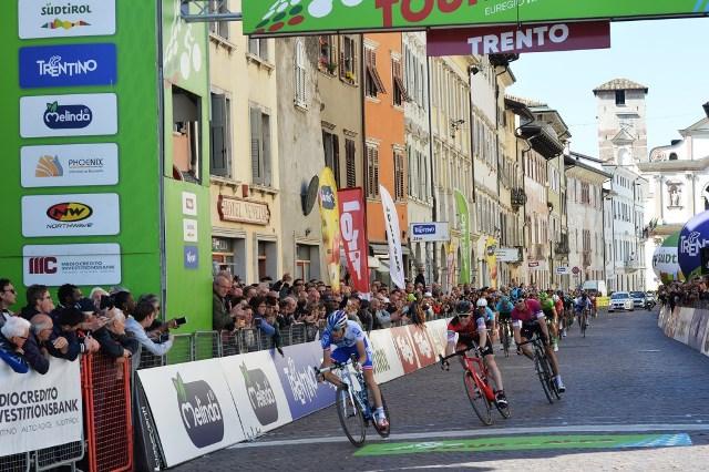 Герант Томас – победитель Тура Альп-2017