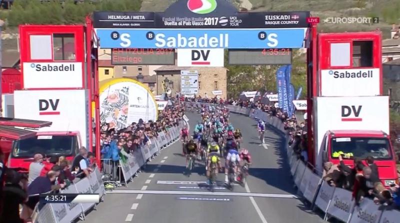 Михаэль Альбазини  - победитель 2-го этапа Тура Страны Басков-2017