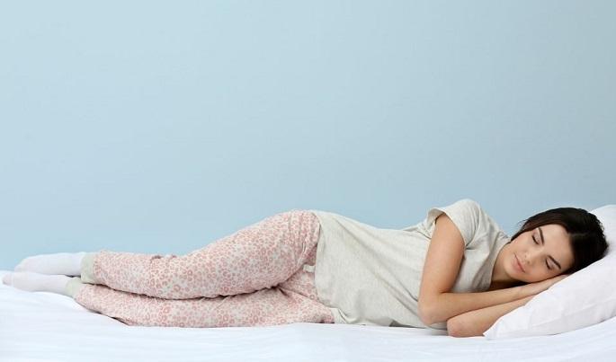 Куда спать головой правильно?