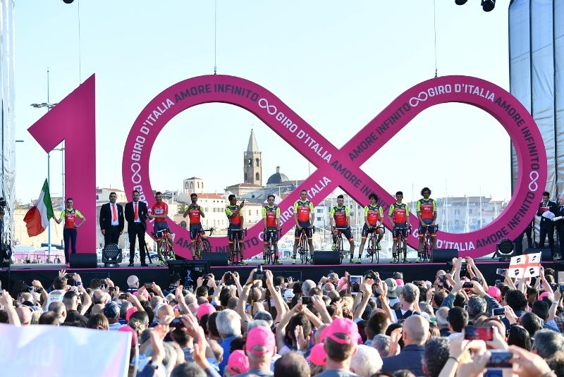Джиро д'Италия-2017. Презентация велокоманд