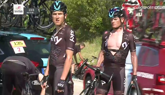 Директор Джиро д'Италия сожалеет об инциденте с мотоциклом на 9-м этапе