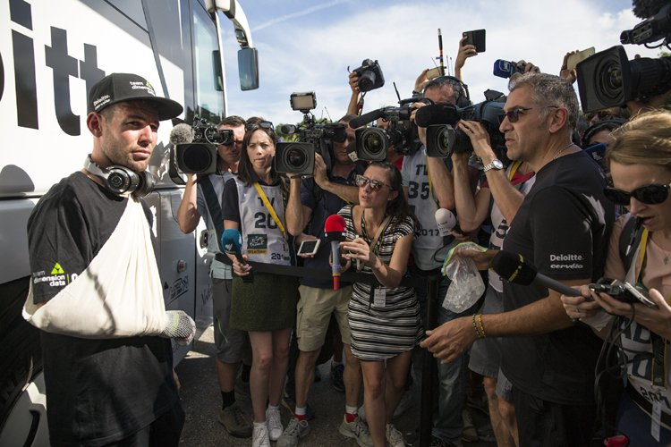 Марк Кэвендиш сошёл с Тур де Франс-2017 из-за перелома лопатки