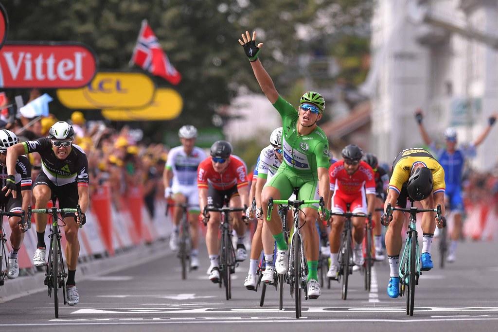 Марсель Киттель, Мачей Боднар, Дилан Груневеген, Эдвальд Боассон Хаген об 11-м этапе Тур де Франс-2017