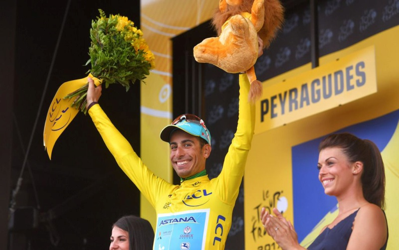 Фабио Ару надевает желтую майку на 12 этапе Тур де Франс-2017
