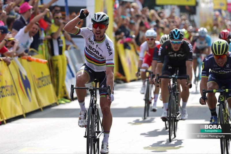 Чемпион мира Петер Саган побеждает в Кракове на 1-м этапе Тура Польши-2017