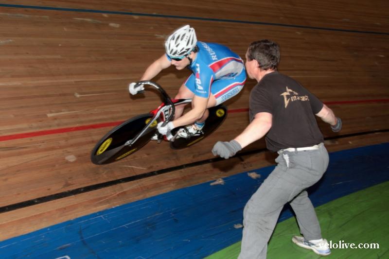 Да и на небе тучи, а велоспорт всех круче!