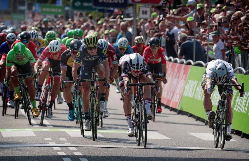 Петер Саган - победитель 1-го этапа BinckBank Tour-2017