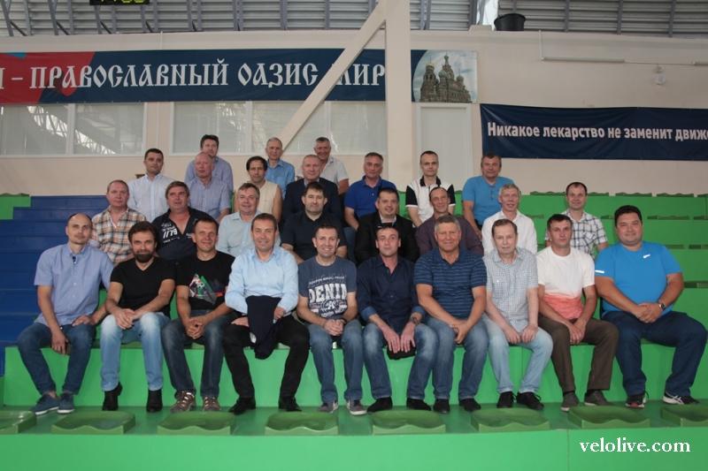 Общий сбор звёзд шоссе и трека. «Локомотиву» - ровно полвека!