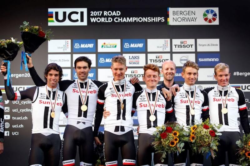 Команда Sunweb - чемпионы мира 2017 года в мужской командной гонке на время