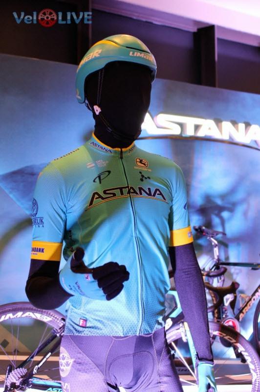 """Дмитрий Фофонов: """"Шанс на победу есть у каждого гонщика команды Astana"""""""