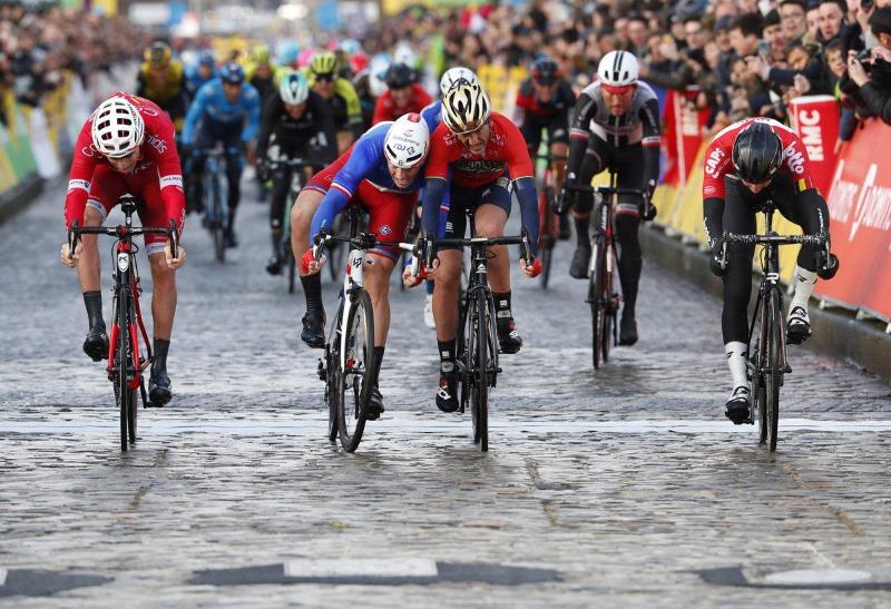 Арно Демар – победитель 1 этапа Париж-Ницца-2018