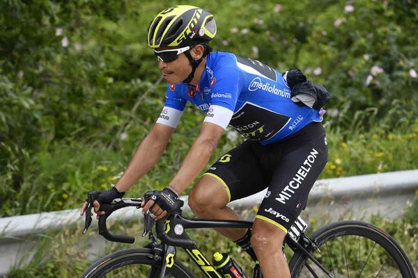 Эстебан Чавес потерял шансы на борьбу за общий зачёт на 10-м этапе Джиро д'Италия-2018