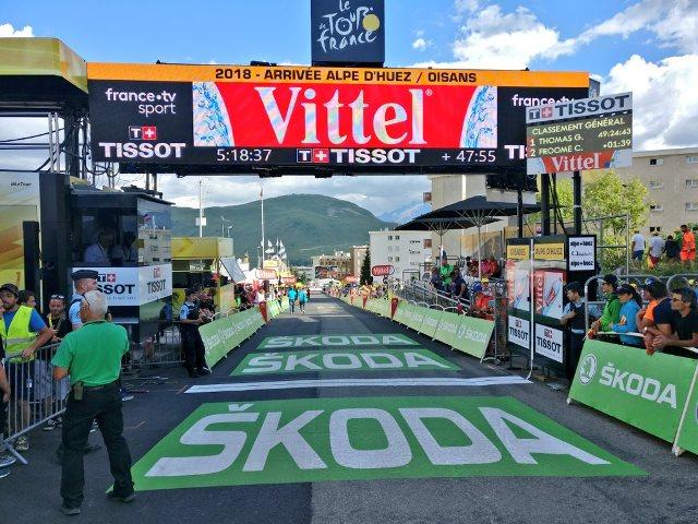 Массовый сход звёздных спринтеров на 12-м этапе Тур де Франс-2018