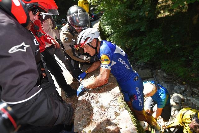 Филипп Жильбер не выйдет на старт 17 этапа Тур де Франс-2018 из-за травмы