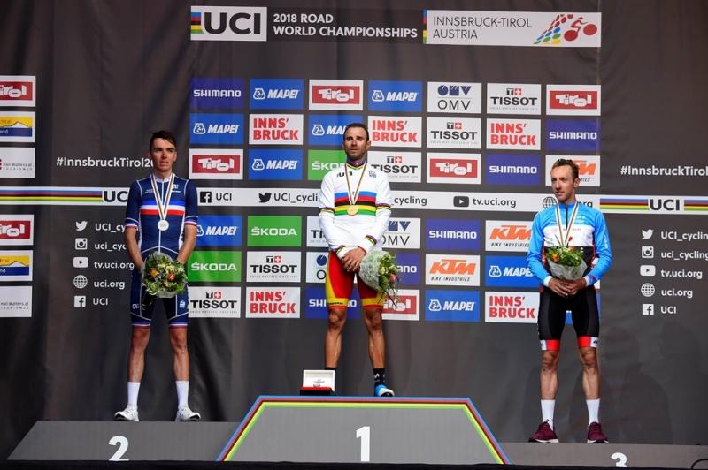 Роман Барде и Майкл Вудс – призёры групповой гонки чемпионата мира-2018