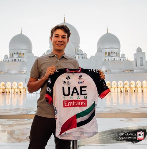 Яспер Филипсен – новый гонщик команды UAE Team Emirates