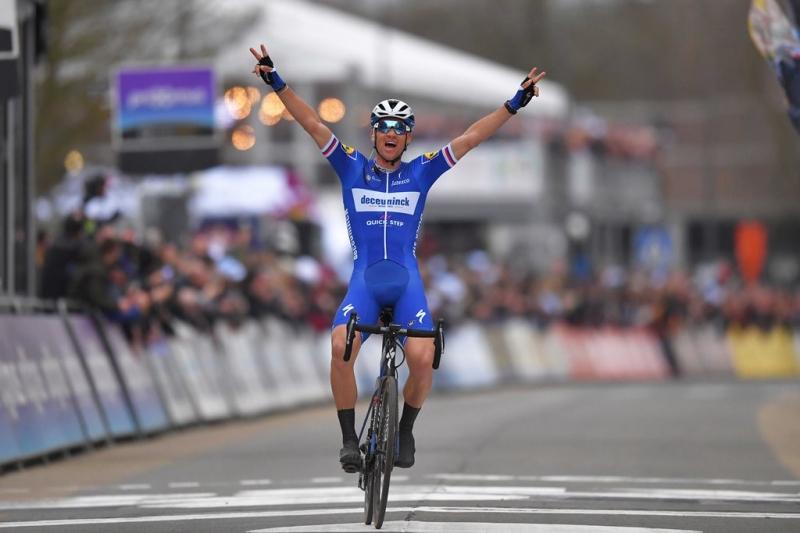 Зденек Штыбар – победитель классики Omloop Het Nieuwsblad-2019