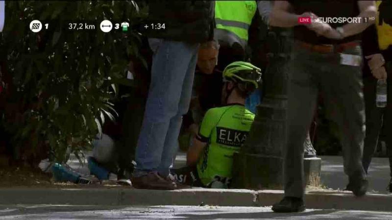 Падение гонщиков на 7-м этапе Вуэльты Каталонии-2019