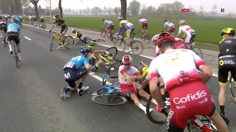 Ники Терпстра сошёл с Тура Фландрии-2019 после падения
