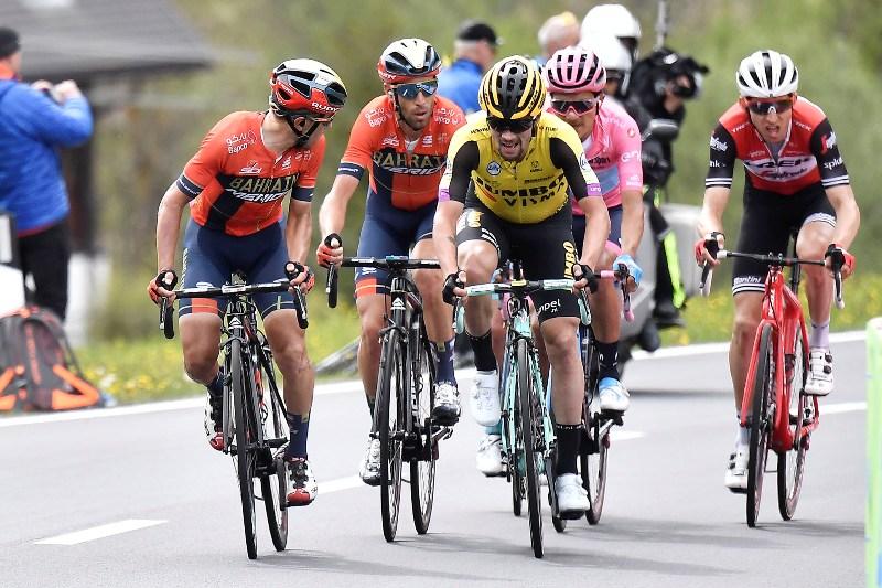 Атака Микеля Ланды (Movistar) за 3 км до финиша позволила ему отыграть у ближайших соперников по генеральной классификации 19 секунд