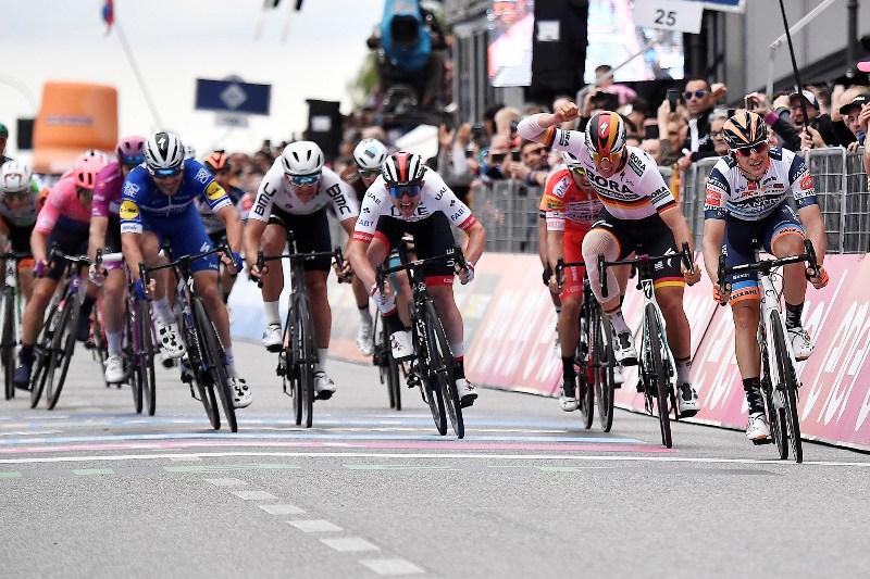 Дамиано Чима стал пятым итальянским гонщиком, выигравшим этап в этом выпуске Джиро д'Италия