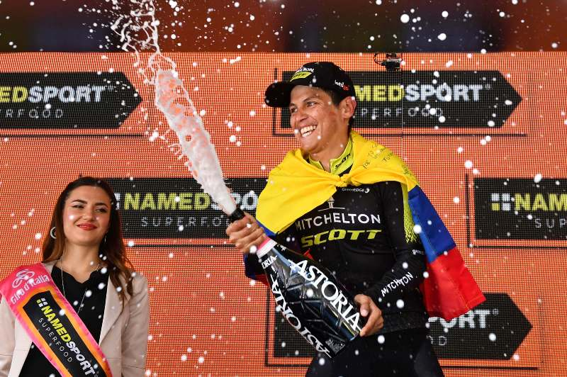 Эстебан Чавес продлил контракт с командой Mitchelton-Scott