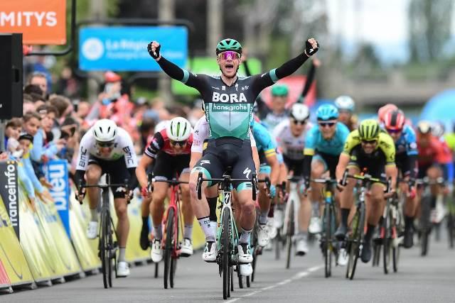 Сэм Беннетт – победитель 3 этапа Критериума Дофине-2019