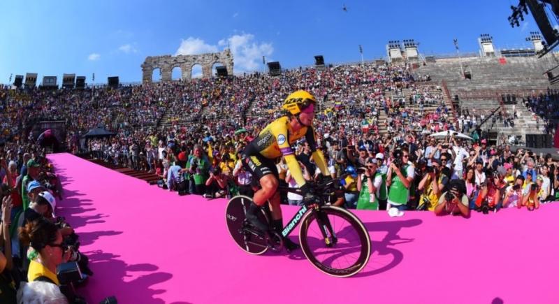 3- место на Джиро д'Италия - первый подиум Приможа Роглича на Гран-туре