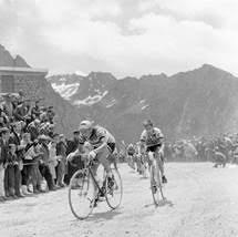 Один день в жёлтой майке лидера Тур де Франс: Том Симпсон