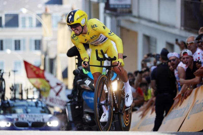 Жулиан Алафилипп – победитель разделки на 13 этапе Тур де Франс-2019