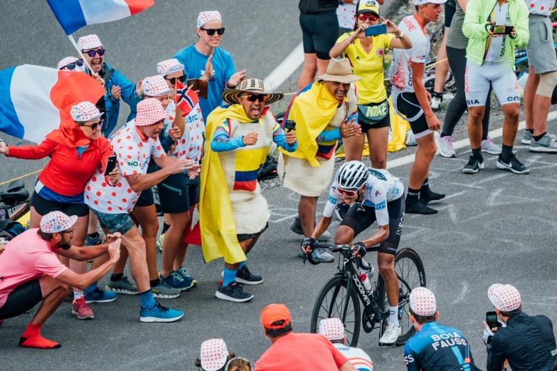 Эган Берналь поднялся на 2-е место в общем зачёте после 18 этапа Тур де Франс-2019