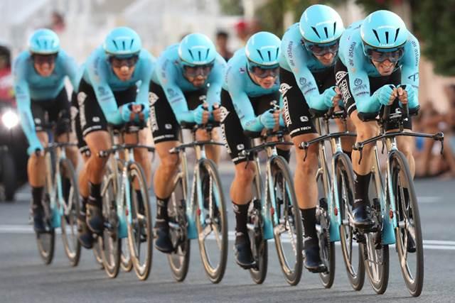 Команда Astana – победитель 1 этапа Вуэльты Испании-2019