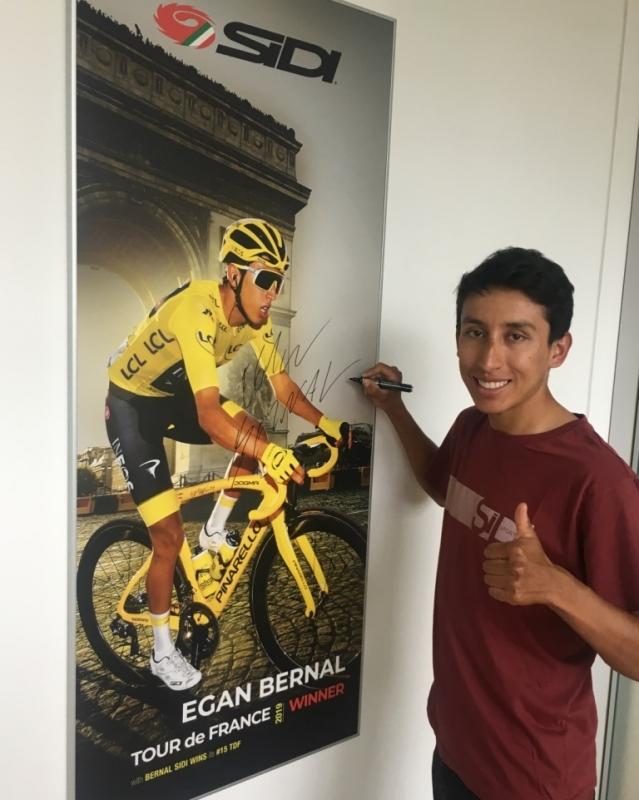 Эган Берналь: «Возможность рассчитывать на нескольких сильных гонщиков – сила команды Ineos, а не слабость»