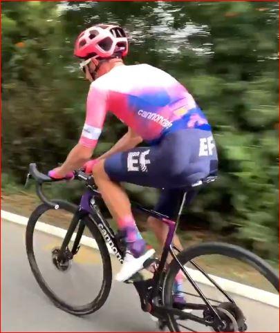 Ригоберто Уран вернулся на велосипед после травмы