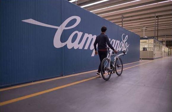 Даниэле Беннати завершает карьеру велогонщика