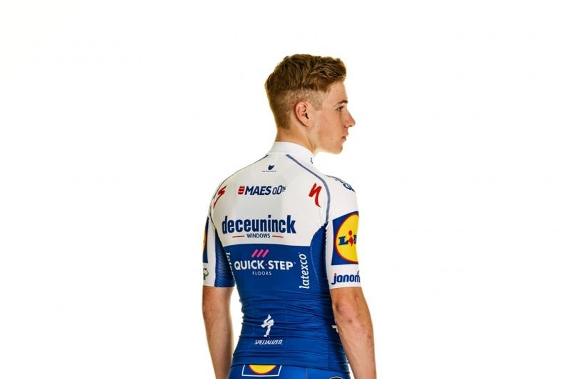 Велоформа команды Deceuninck-Quick Step на 2020 год