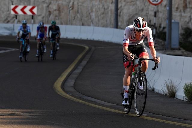 Адам Йейтс – победитель 3 этапа Тура ОАЭ-2020