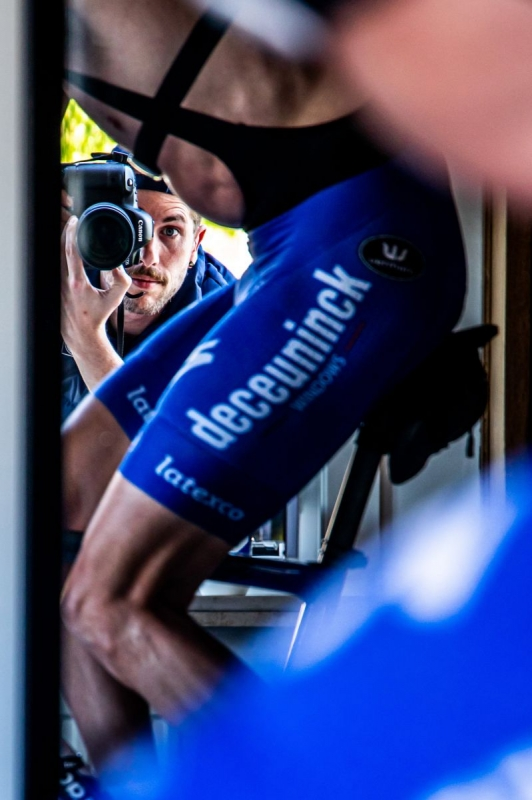Жизнь велогонщиков команды Deceuninck-Quick Step во время изоляции. Фоторепортаж