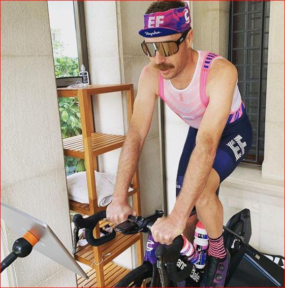 Митч Докер о влиянии стресса на велогонщиков после возобновления сезона