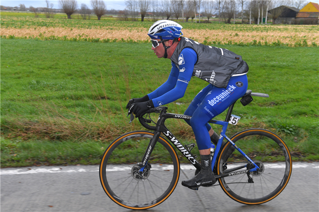 Дрис Девенинс и Ильо Кейссе продлили контракты с велокомандой Deceuninck-Quick Step