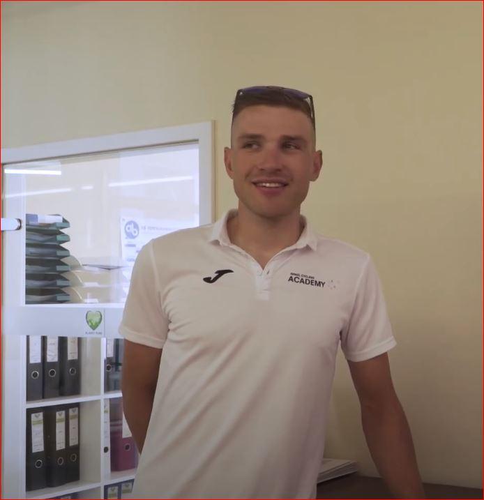 Маттиас Брэндле продлил контракт с велокомандой Israel Start-Up Nation