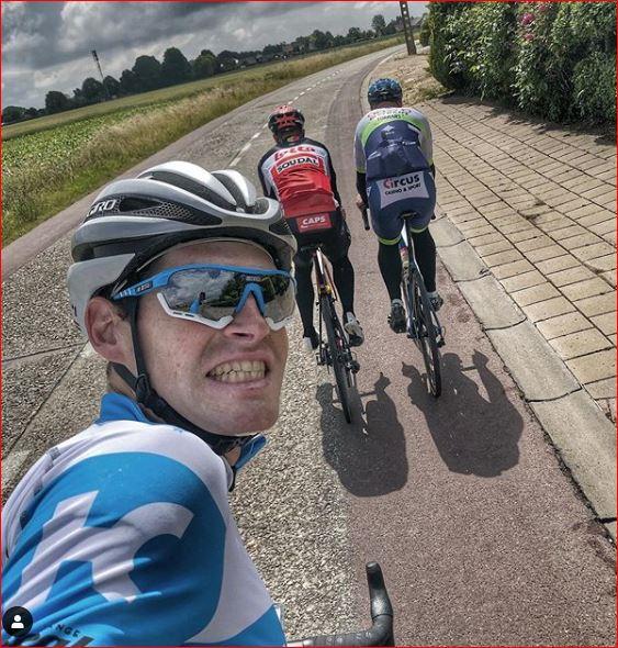 Бен Херманс о влиянии социальной изоляции на психологическое состояние велогонщиков