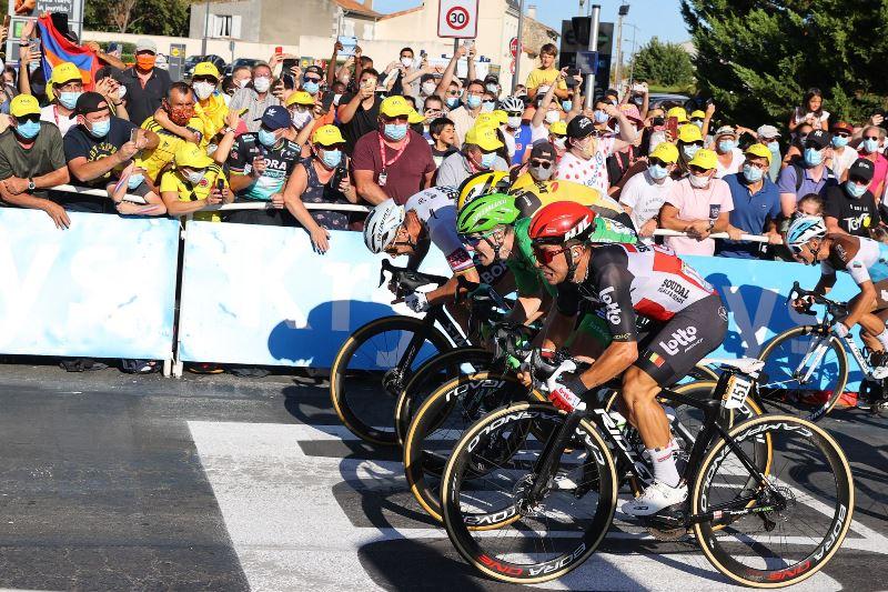 Петер Саган потерял очки из-за штрафа, но продолжит борьбу за зелёную майку Тур де Франс-2020