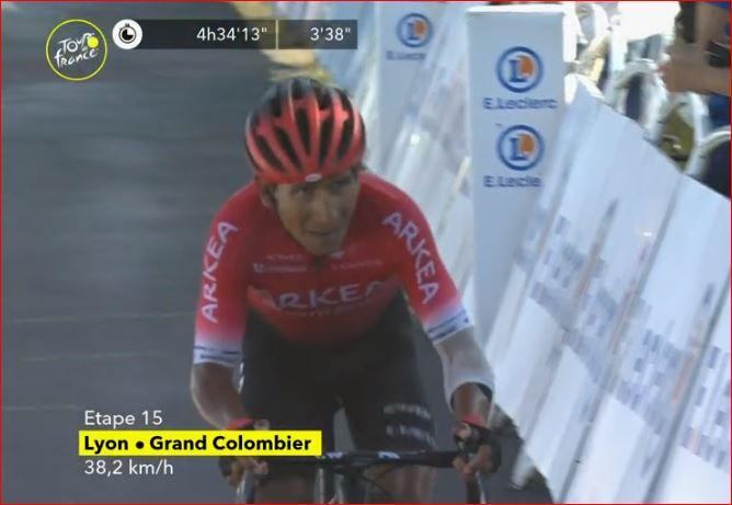 Последствия падений сказались на Наиро Кинтане во время 15-м этапа Тур де Франс-2020