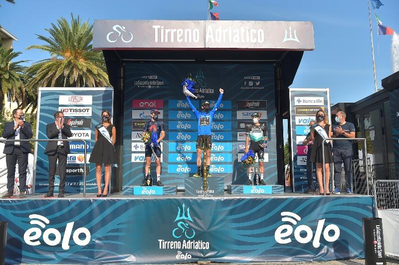 Саймон Йейтс, Герант Томас, Рафал Майка – призёры Тиррено-Адриатико-2020