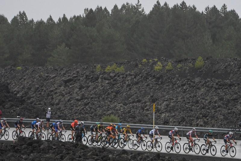 Фотогалерея 3-го этапа Джиро д'Италия-2020